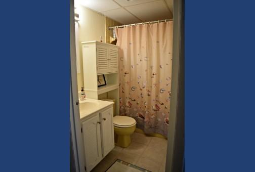 Bathroom off Bedroom