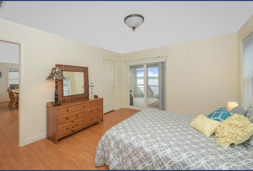 Master Bedroom on 1st Floor