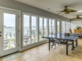 Spacious Sun room with Bay View!